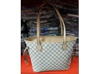Style cream bag