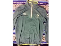 Irish rugby top size M