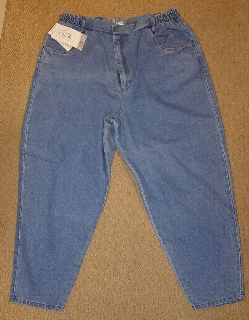 Ladies Barrington Largely Feminine original jeanswear Size 24/48 short (XXXL)