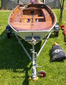Mirror dinghy and trailor