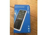 * LIKE NEW * NOKIA 301 COMES WITH BOX & ACCESSORIES * UNLOCKED TO ALL NETWORKS *
