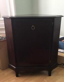 Stag minstrel Corner cabinet