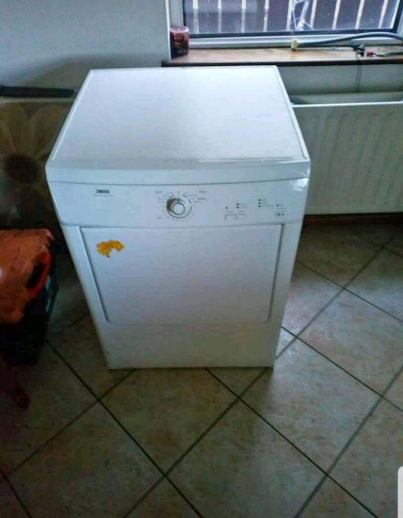 Zanussi 7kg condensor sensor dry tumble dryer | in Northern Ireland ...