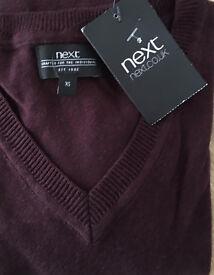 Latest slimline brandnew Next V neck smart jumper in extra small,costs £48.95,bargain at £20