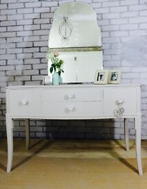 Stunning 4 drawer vintage rose dressing table & mirror