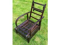 Hard wood steamer chair 1930 vintage in excellent condition