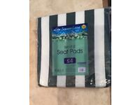 GREEN / WHITE CHAIR PADS ( 2 per Pack )