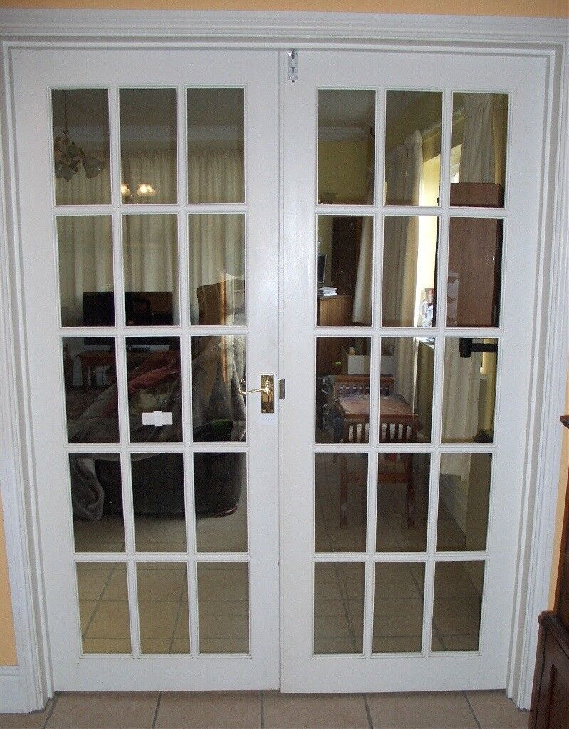 Double doors, interior, glass, small panes, white, with hinges and catch, handles etc.