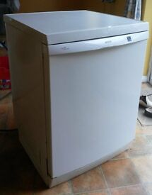 Bosch Logixx Automatic (SGS59A22GB/17) dishwasher (2004). Used but in good condition.