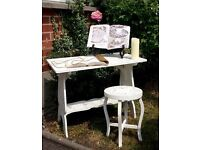 Vintage shabby chic writing / dressing table