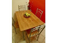 Wooden Kitchen Dining Table and Set of 4 Chairs