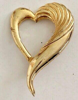 Vintage Gold Tone Swirl Heart Brooch Pin Jewelry - Golden Heart Brooch