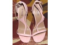Fiore High Heels Pink Size 7 RRP £15
