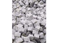 GRANITE SETTS SILVER GREY PAVING COBBLES 100 mm x100 mm x100 mm ( 1 tonne-4,8m2 )