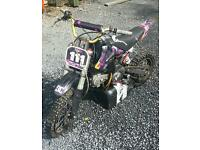 Demon 140cc pit bike