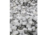 GRANITE SETTS SILVER GREY PAVING COBBLES 100 mm x100 mm x50mm ( 1 tonne- 9m2 )