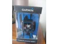 Garmin Forerunner 920 XT, Black and Blue with Heart Rate Monitor, and 2 Charging/Data Cradles