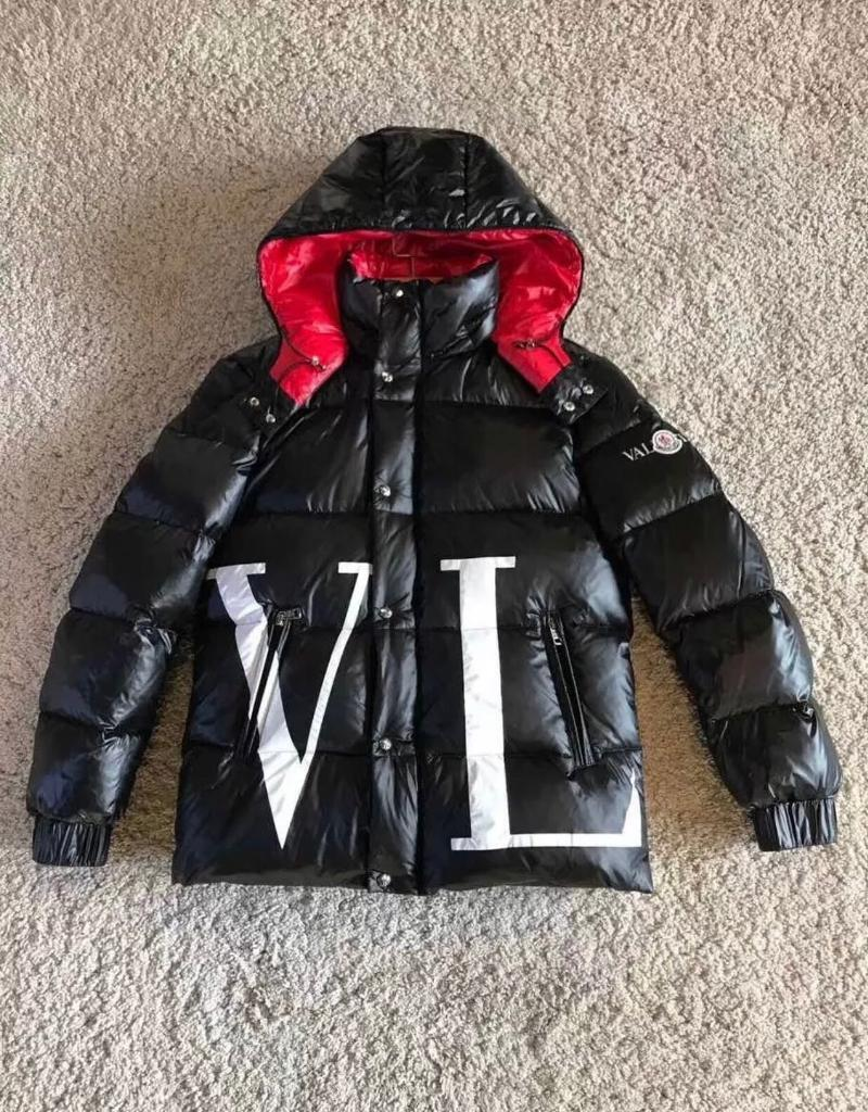ceccca5be16d Moncler x Valentino Collaboration maxi VLTN quilted down jacket ...