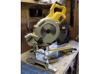 DeWalt 1850W 240v 250mm Single Bevel Compound Sliding Mitre Saw DWS778-GB