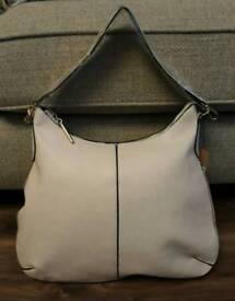 Ladies Cream/Beige Handbag
