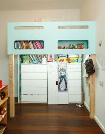 Kids bed with storage