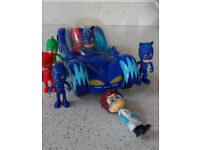 PJ Masks Deluxe vehicle and characters