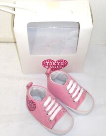 Wholesale Joblot x24 Pairs of Benzini Carlos Soft Crib Baby Girls Shoes In PinkSize 1 - 3-6 Month