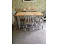 TRADITIONAL FARMHOUSE TABLE AND 4 CHAIRS