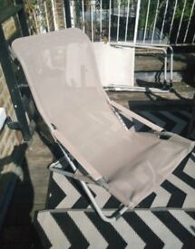 2 exclusive Lawn Chairs