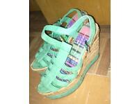 Pastal summer sandals 37s (4s)