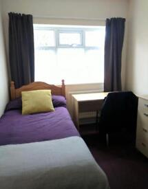 SPACIOUS REFURBISHED ROOM IN SHOREDITCH