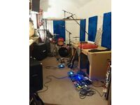 COZY PRACTICE ROOM SHARE - 55quid / 2 full days a week