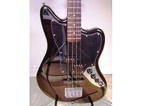 Squier Jaguar Bass S/S by Fender