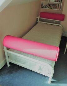 Single Bed/Sofa