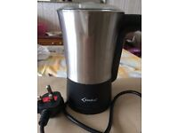 Milk warmer and frother