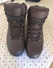 Berghaus Women's boots size 5