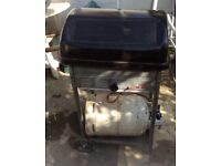 Barbeque/barbecue + free gas cylinder