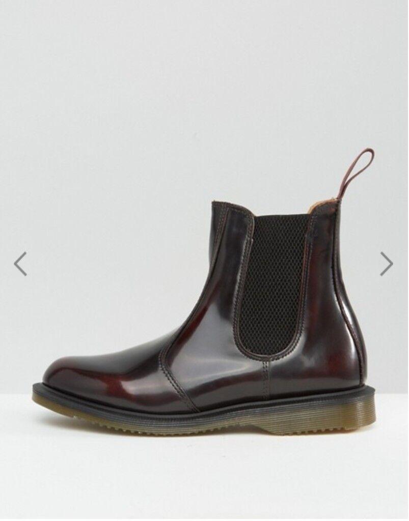 Dr. Martens Cherry FLORA ARCADIA Size 5 (Kensington Flora Burgundy Chelsea Boots)