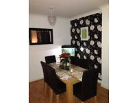 Double room to rent. £400 Rogerstone. All bills included including wifi. Young professional wanted