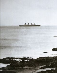 RMS-TITANIC-RARE-GRAINY-LAST-KNOW-PHOTO-1912-WHITE-STAR-PASSENGER-SHIP-LINE
