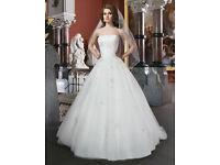 Justin Alexander Wedding Dress Princess Style - Unaltered Excellent Condition