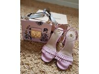 RIVER ISLAND NEW IN BOX PINK TAFFY HEELS WITH MATCHING BAG SIZE 5