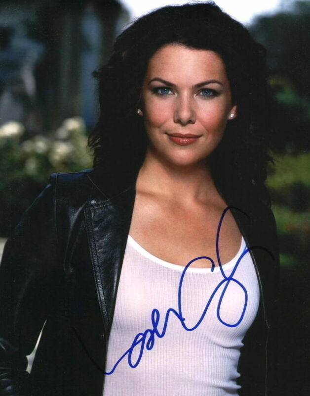 LAUREN GRAHAM.. Gilmore Girls' Beauty - SIGNED