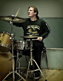 drum lessons with Gavin Blacklock guitar and drum tuition