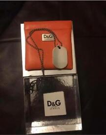Men's D&G dog tags necklace