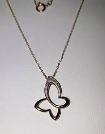 """9ct Yellow Gold Diamond Butterfly Necklace 19"""" 375 9K Hallmarked F.Hinds"""