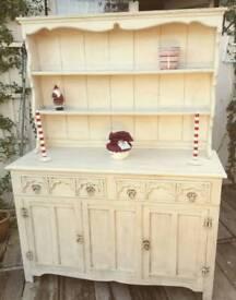 French dresser. True bargain ready for Christmas