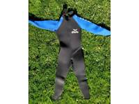 Small Men's Wetsuit Very Good Condition