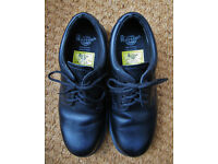 Dr. Martens steel capped safety shoes - size 7 / 41 - excellent condition!