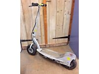 Razor e300 electric scooter good working order just had 2 New batteries fitted